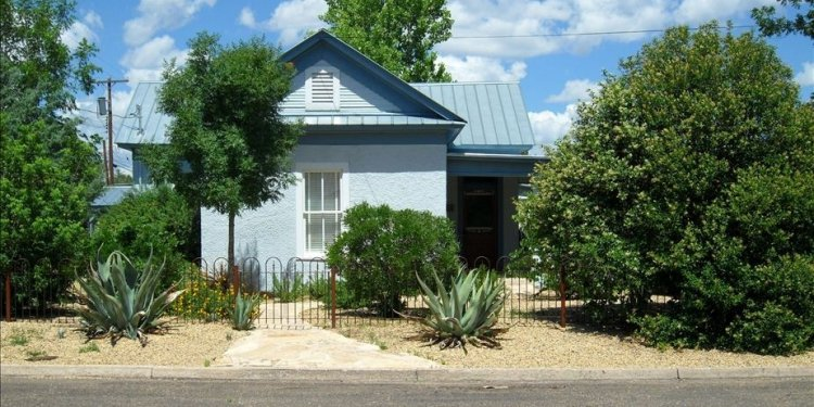 Marfa-house-rental-View-from