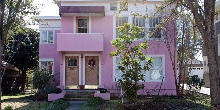 The pink duplex off camp bowie