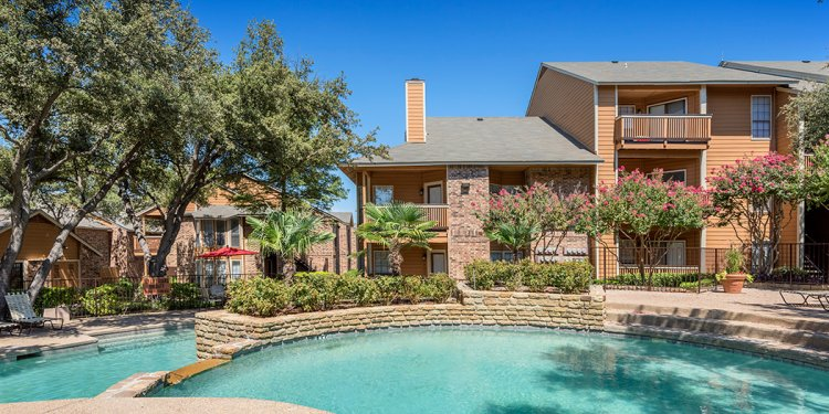 Dallas rental homes with Pool